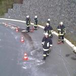081004_Ölspur Kreisverkehr_005